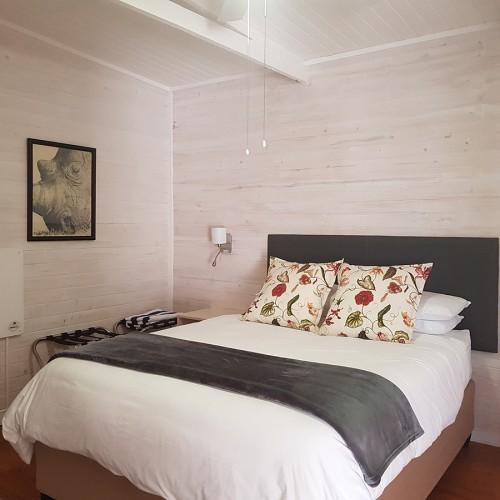 big-sky-cottages-bedroom